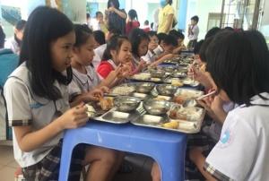 TP.Hồ Chí Minh đẩy mạnh kiểm tra an toàn thực phẩm các bếp ăn trường học