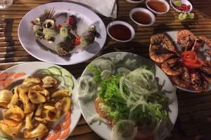 Giả mạo nhân viên Chi cục An toàn thực phẩm hù dọa cơ sở kinh doanh ăn uống