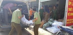 """Hà Nội: Thu giữ hơn 1 tấn nguyên liệu trà sữa """"bẩn"""""""
