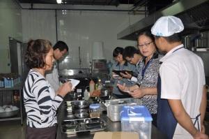 Tăng cường bảo đảm an toàn thực phẩm, phòng chống ngộ độc thực phẩm tại các khu du lịch, khu nghỉ dưỡng, cơ sở kinh doanh dịch vụ ăn uống