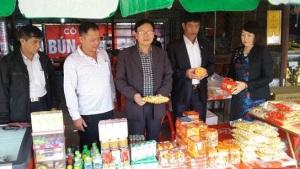 Nam Định: Bảo đảm an toàn thực phẩm tại hội chợ Viềng và Lễ khai ấn Đền Trần năm 2017