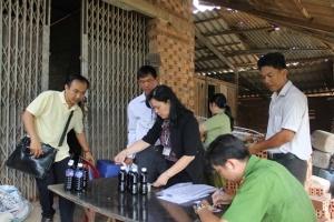 Phát hiện cơ sở sản xuất nước tương bẩn