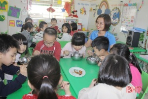 Hà Tĩnh siết chặt kiểm soát an toàn thực phẩm học đường