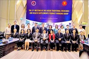 Cuộc họp chính thức lần thứ 27 Nhóm Công tác về Y dược cổ truyền và Thực phẩm chức năng (YDCT và TPCN) của ASEAN thuộc Ủy ban Tư vấn Tiêu chuẩn và Chất lượng của ASEAN (ACCSQ) do Việt Nam chủ trì với sự tham dự của các nước thành viên ASEAN