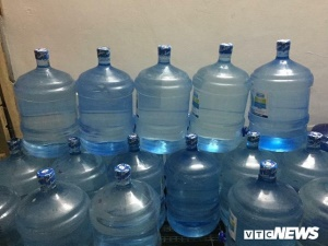 Phát hiện 15 công ty sản xuất nước đóng bình bằng hệ thống xử lý tạm bợ