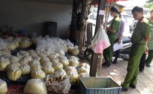 TP. Hồ Chí Minh: Bất an với các loại thực phẩm kém chất lượng