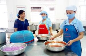 Nâng cao kiến thức an toàn thực phẩm cho phụ nữ