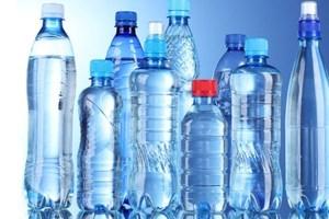 """Hà Nội: Xử phạt hàng loạt cơ sở sản xuất nước uống đóng chai """"bẩn"""""""